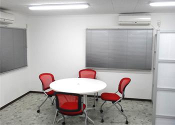 事務所内LED使用